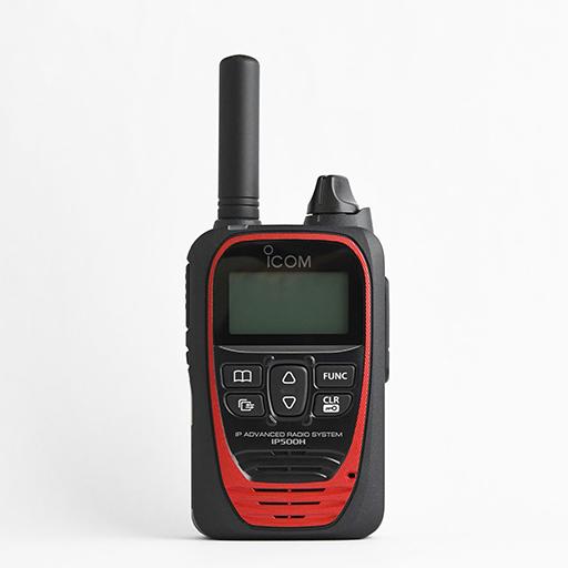 日本全国を通信範囲とするIP無線機で、通信距離を気にしない情報伝達が可能。同時通話・多重通話に対応しており、より自然なやりとりが可能に。