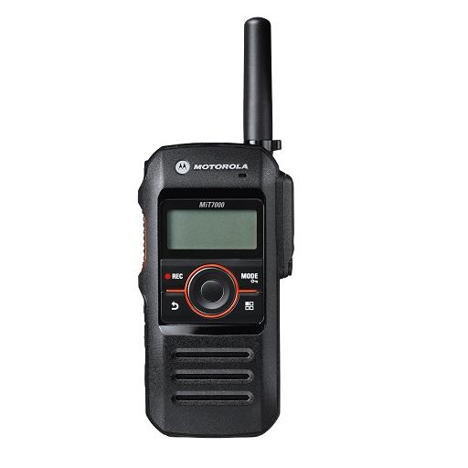 好みの受信音を設定できる5段階のイコライザー機能と、周囲の音に合わせて受信音量を調整できるインテリジェントオーディオライト機能搭載。